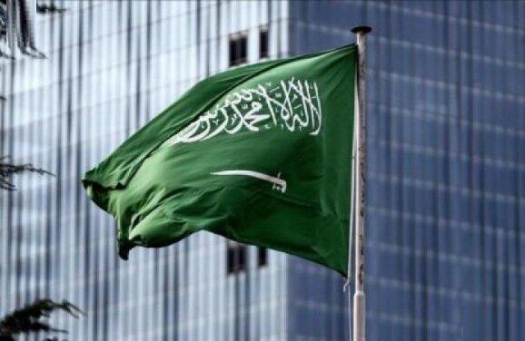 عربستان به حالت آزادباش درآمد؛ مساجد باز شدند، عمره و زیارت همچنان تعطیل است