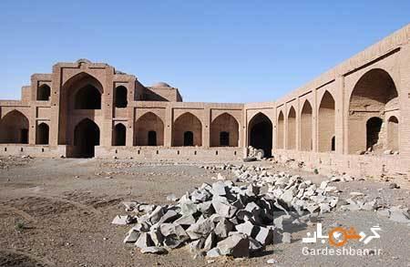 کاروانسرای قاجاری در روستای مهر سبزوار، عکس