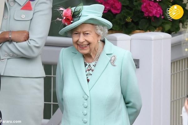 (تصاویر) حضور ملکه انگلیس در مسابقه اسب دوانی